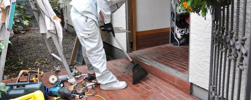 特に汚れやすい玄関タイルを洗浄する手順をご紹介