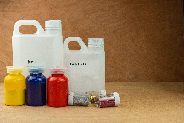 コーティングに使う溶剤とは?溶剤の種類と、近年注目の無機溶剤についても解説!