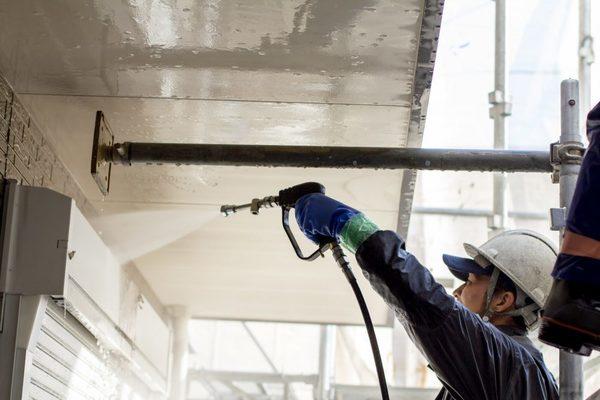 現地チェックから作業完了まで最短1日!外壁洗浄作業の流れを確認